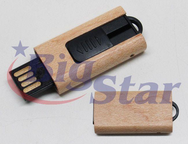 Pen drive de bambu retrátil BIG 1776